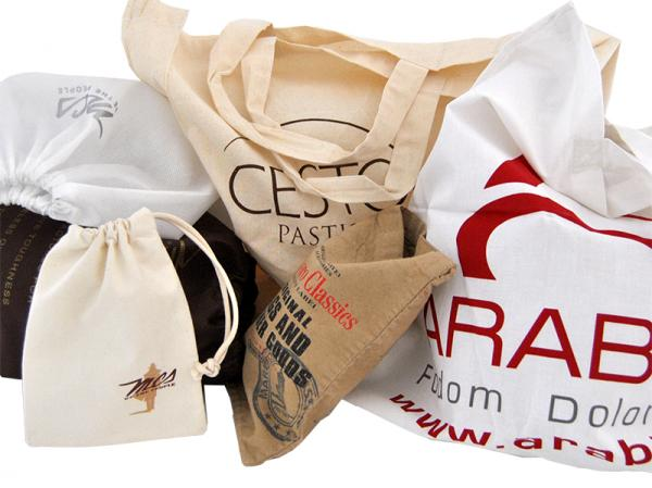 Shopper e sacchetti in cotone e TNT stampati in serigrafia
